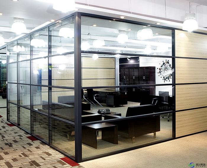 办公隔断玻璃隔断内部的清洁方法