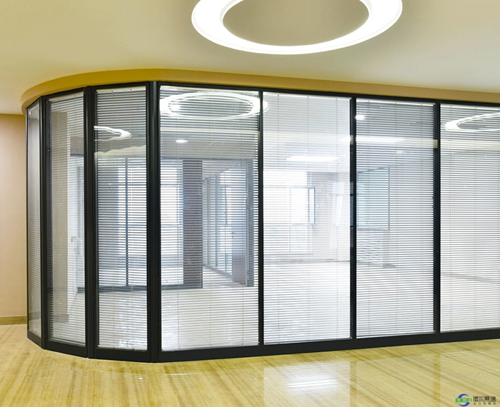 咸阳科技园磨砂玻璃隔断安装施工