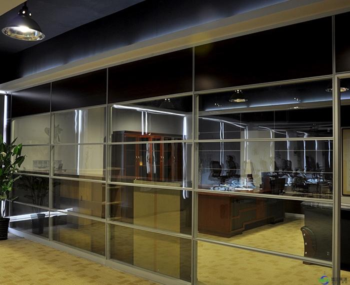 办公室玻璃隔断墙哪一种好