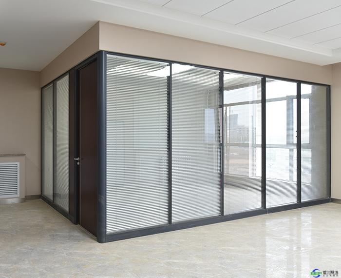 办公室为何要装玻璃隔断